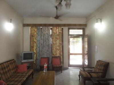 Gallery Cover Image of 900 Sq.ft 1 BHK Apartment for rent in Sector 14 for 19000