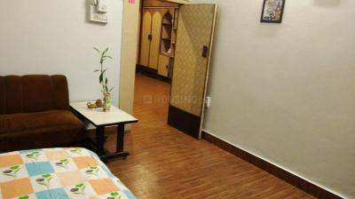 Gallery Cover Image of 375 Sq.ft 1 RK Apartment for rent in Sion for 12500