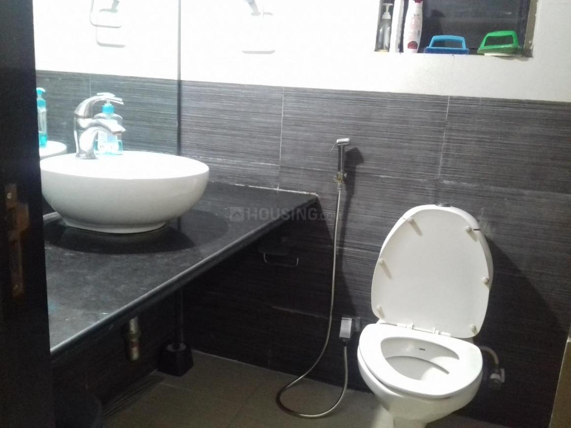 Common Bathroom Image of 795 Sq.ft 2 BHK Apartment for rent in Wadala East for 54000