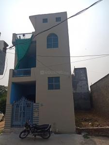 Gallery Cover Image of 675 Sq.ft 2 BHK Independent House for buy in Mubarakpur for 2500000