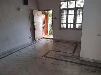 Gallery Cover Image of 1250 Sq.ft 2 BHK Apartment for rent in Padmaja Palace, Sri Nagar Colony for 20000