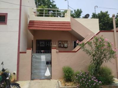 Gallery Cover Image of 760 Sq.ft 1 BHK Villa for buy in Pattabiram for 3000000