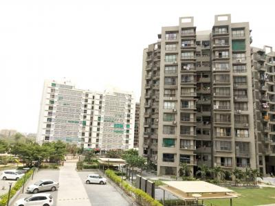 Gallery Cover Image of 1350 Sq.ft 2 BHK Apartment for rent in Chharodi for 18000