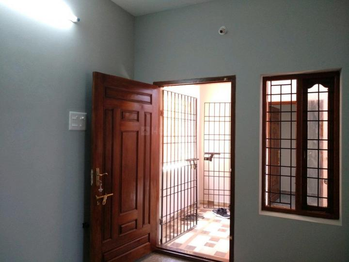 Living Room Image of 450 Sq.ft 1 BHK Apartment for rent in Tambaram for 8300