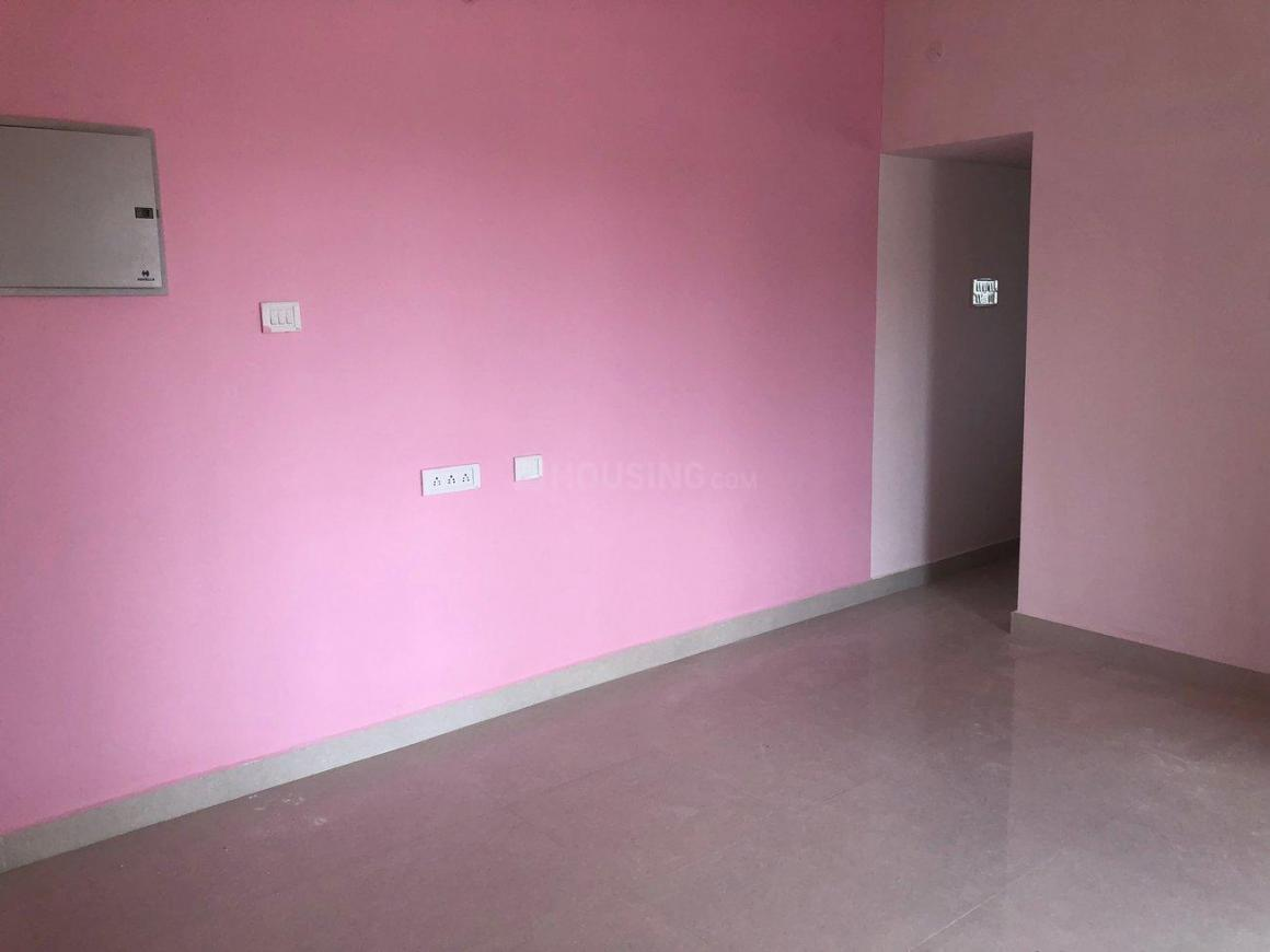 Living Room Image of 822 Sq.ft 2 BHK Apartment for rent in Urapakkam for 10000