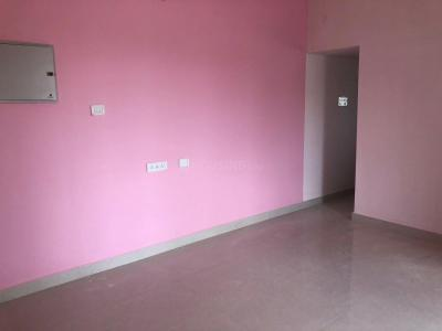 Gallery Cover Image of 822 Sq.ft 2 BHK Apartment for rent in Urapakkam for 10000