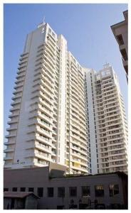 Gallery Cover Image of 1350 Sq.ft 3 BHK Apartment for rent in Goregaon East for 65000