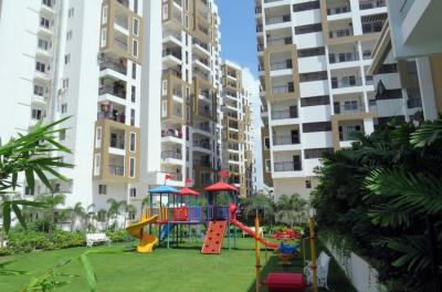 Gallery Cover Image of 1985 Sq.ft 3 BHK Apartment for buy in SMR Vinay Harmony County, Bandlaguda Jagir for 11600000