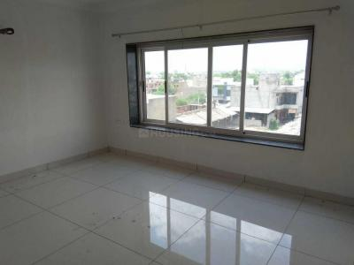 Gallery Cover Image of 1950 Sq.ft 3 BHK Apartment for rent in Khema-Ka-Kuwa for 28000