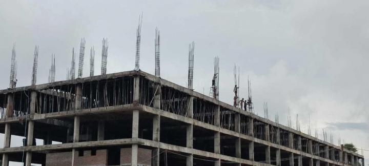 Building Image of 1400 Sq.ft 3 BHK Apartment for buy in Sri Seshadri Sri Nivasam, Diwancheruvu for 3700000