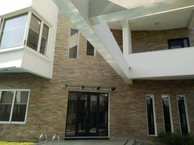 Gallery Cover Image of 4800 Sq.ft 4 BHK Independent House for rent in Panaiyur for 150000