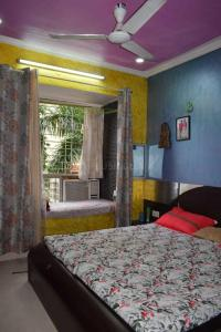 Gallery Cover Image of 850 Sq.ft 2 BHK Apartment for rent in Kandivali East for 29000