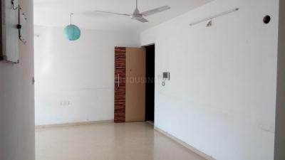 Gallery Cover Image of 1143 Sq.ft 2 BHK Apartment for rent in Kalpataru Aura, Ghatkopar West for 48000