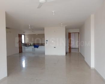 Gallery Cover Image of 3500 Sq.ft 4 BHK Apartment for rent in Advance Le Jardin, Ambawadi for 65000