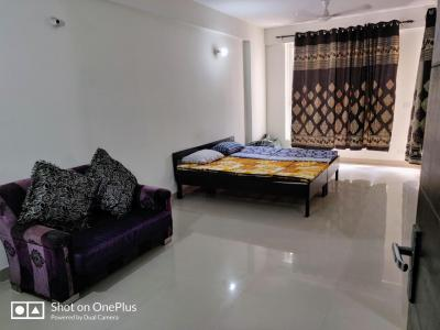 Gallery Cover Image of 494 Sq.ft 1 RK Apartment for rent in Logix Blossom Zest, Sector 143 for 10000