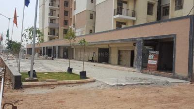 Gallery Cover Image of 900 Sq.ft 3 BHK Apartment for rent in Sector 82 for 10000