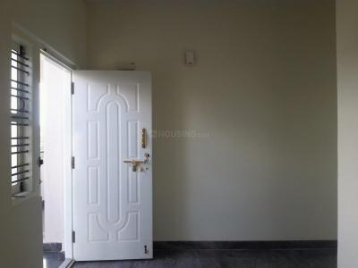Gallery Cover Image of 500 Sq.ft 1 BHK Apartment for rent in Lal Bahadur Shastri Nagar for 5000