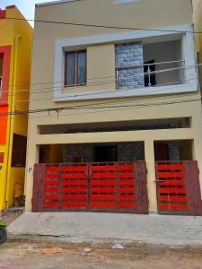 Gallery Cover Image of 1600 Sq.ft 3 BHK Independent House for buy in Sithalapakkam for 6700000