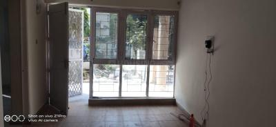 Gallery Cover Image of 1300 Sq.ft 3 BHK Apartment for rent in DDA Flats Mayur Vihar Phase 1, Mayur Vihar Phase 1 for 27000