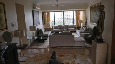 Gallery Cover Image of 950 Sq.ft 2 BHK Apartment for rent in K Merchant Sai Ekvira Sadan, Girgaon for 70000