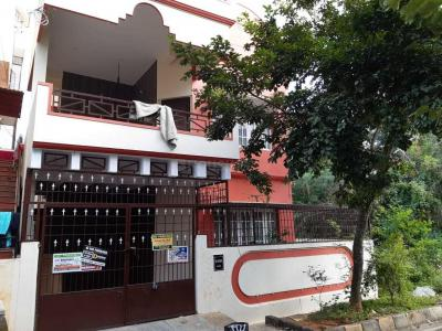 Gallery Cover Image of 2400 Sq.ft 3 BHK Villa for rent in Bilekahalli for 32000