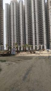 Gallery Cover Image of 970 Sq.ft 2 BHK Apartment for buy in Prateek Grand Paeonia, Siddharth Vihar for 4550000