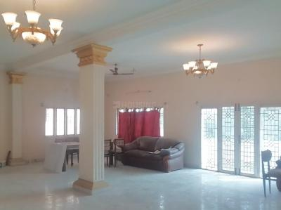 Gallery Cover Image of 2000 Sq.ft 2 BHK Independent House for rent in Perungalathur for 30000
