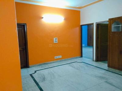 Gallery Cover Image of 1350 Sq.ft 2 BHK Apartment for rent in Vasant Apartments, Sector 62 for 12000
