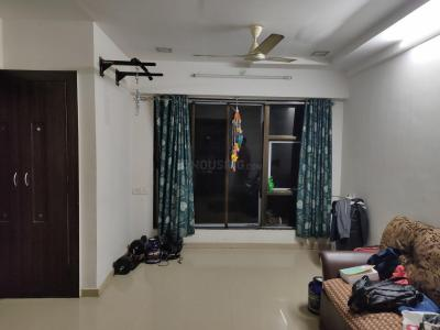 Gallery Cover Image of 647 Sq.ft 1 BHK Apartment for rent in Kandivali East for 24000