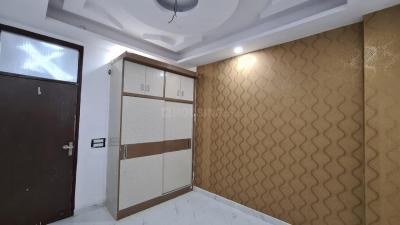 Gallery Cover Image of 1200 Sq.ft 3 BHK Independent Floor for buy in Sector-12A for 6000000