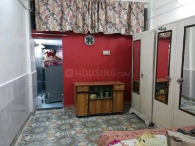 Gallery Cover Image of 320 Sq.ft 1 BHK Independent House for rent in Ghatkopar East for 18000