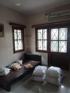Gallery Cover Image of 1700 Sq.ft 3 BHK Apartment for rent in Shanti Nagar for 60000