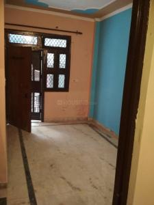 Gallery Cover Image of 650 Sq.ft 2 BHK Independent Floor for rent in Mayur Vihar Phase 3 for 9500