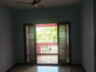 Gallery Cover Image of 1500 Sq.ft 3 BHK Apartment for rent in Madhanandapuram for 15000