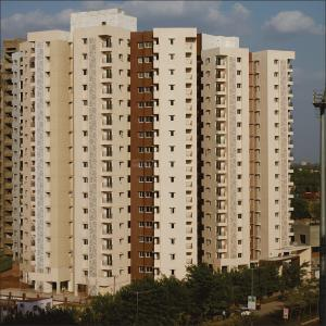 Gallery Cover Image of 1145 Sq.ft 2 BHK Apartment for rent in Shantigram for 13000