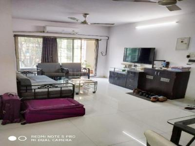 Gallery Cover Image of 1200 Sq.ft 3 BHK Apartment for buy in Bandra East for 35000000