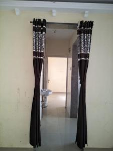 Gallery Cover Image of 620 Sq.ft 1 BHK Apartment for rent in Virar Bolinj Sai Aashirwad CHSL, Virar West for 6500