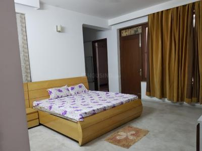 Gallery Cover Image of 2400 Sq.ft 3 BHK Independent Floor for rent in Sector 46 for 28000