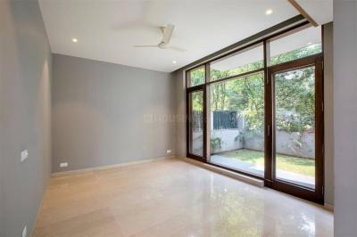 Gallery Cover Image of 1650 Sq.ft 2 BHK Apartment for rent in Sector 50 for 30000
