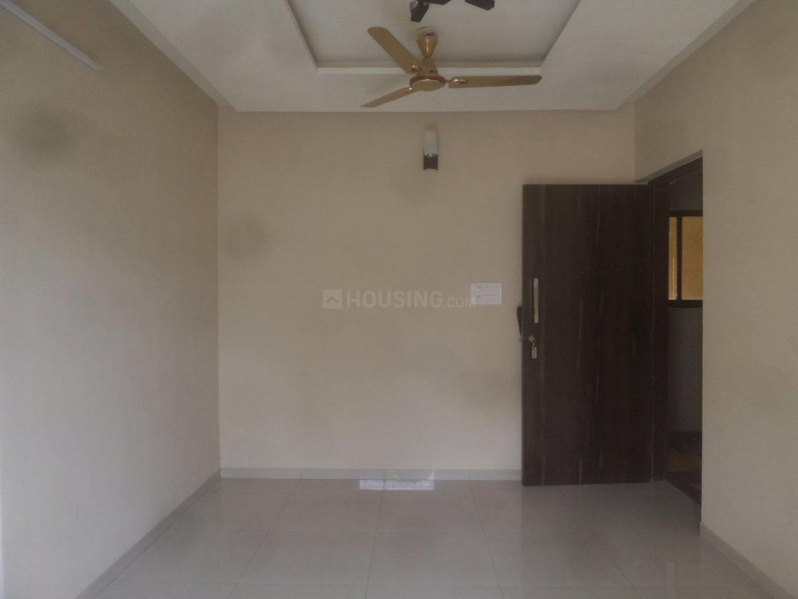 Living Room Image of 965 Sq.ft 2 BHK Apartment for buy in Vasai East for 4775000