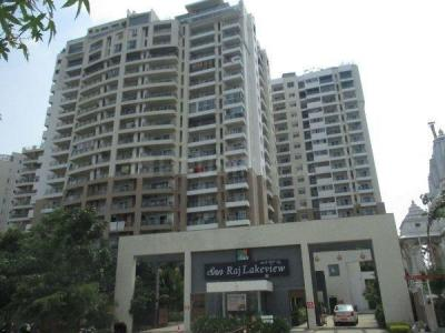 Gallery Cover Image of 1850 Sq.ft 3 BHK Apartment for buy in SNN Raj Lake View, Bilekahalli for 16650000