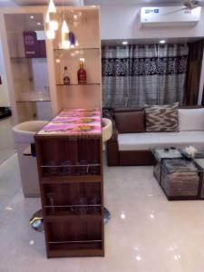 Gallery Cover Image of 900 Sq.ft 2 BHK Apartment for rent in Mantri Park, Goregaon East for 45000