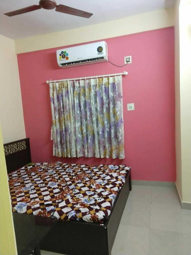 Bedroom Image of 850 Sq.ft 2 BHK Apartment for rent in Ganguly Bagan for 15000