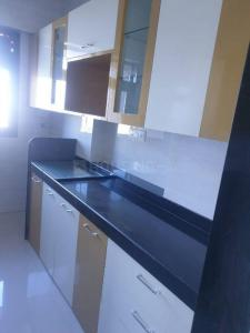 Gallery Cover Image of 650 Sq.ft 2 BHK Apartment for rent in Mahim for 68000