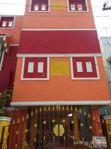 Gallery Cover Image of 1000 Sq.ft 2 BHK Independent House for rent in Karappakam for 12000