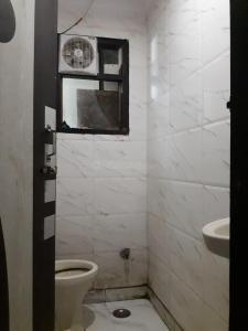 Bathroom Image of Sky PG in Patel Nagar