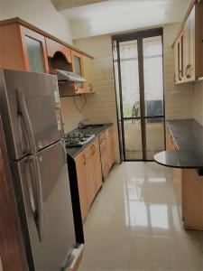 Gallery Cover Image of 884 Sq.ft 2 BHK Apartment for rent in Powai for 70000