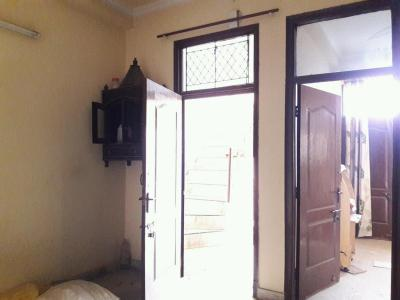 Gallery Cover Image of 850 Sq.ft 2 BHK Independent Floor for rent in Vasundhara for 8500