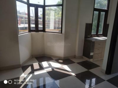 Gallery Cover Image of 500 Sq.ft 1 BHK Apartment for buy in Vishal DLF Paradise, DLF Ankur Vihar for 1155000