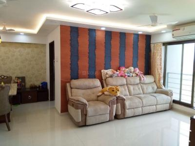 Gallery Cover Image of 990 Sq.ft 2 BHK Apartment for buy in Malad West for 14200000